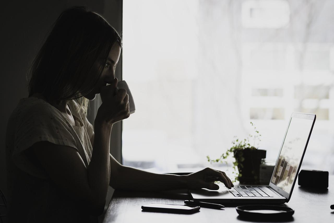 勉強したい社会人は孤独を強みに変えよう